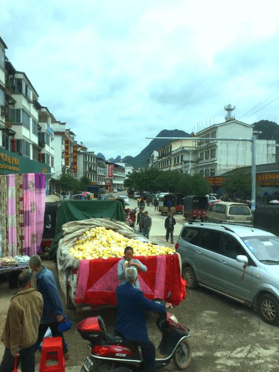 桂林市内行きのバス