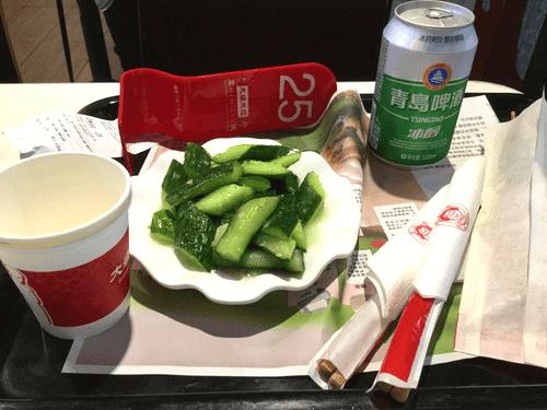中国の胡瓜と啤酒