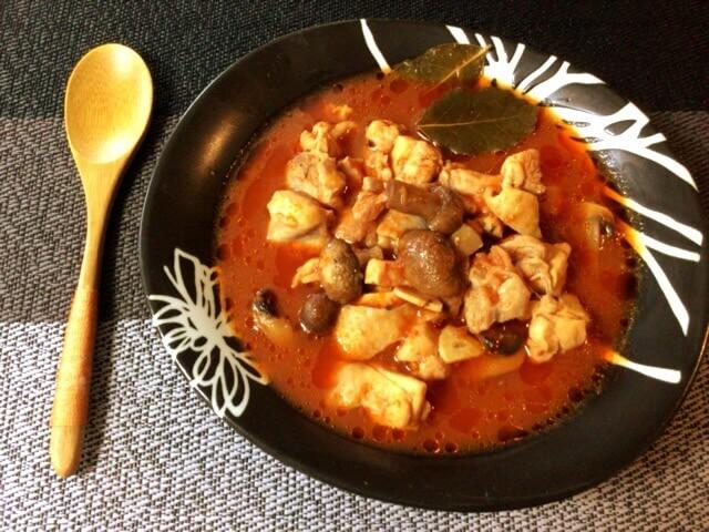 極柔鶏ももコンソメの炊飯トマトビール煮(糖質7.6g)