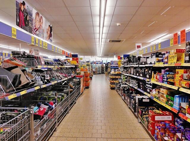 スーパーにおける無駄遣いをしないコース取り