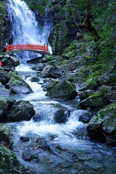 犬鳴山・七宝瀧寺行者の滝