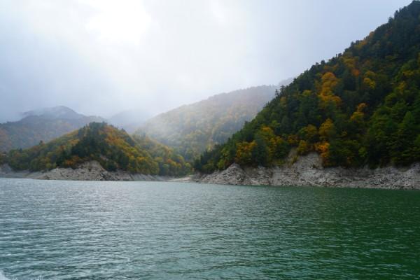 立山黒部アルペンルート|黒部湖遊覧船ガルベから
