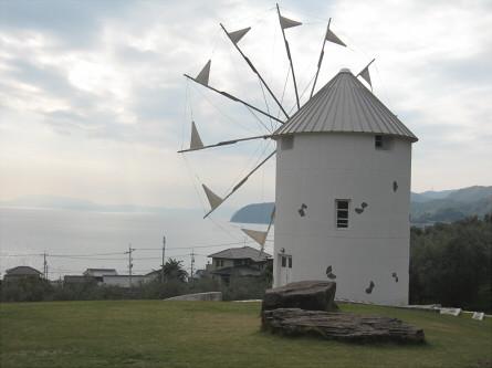オリーブ園 ギリシャ風車