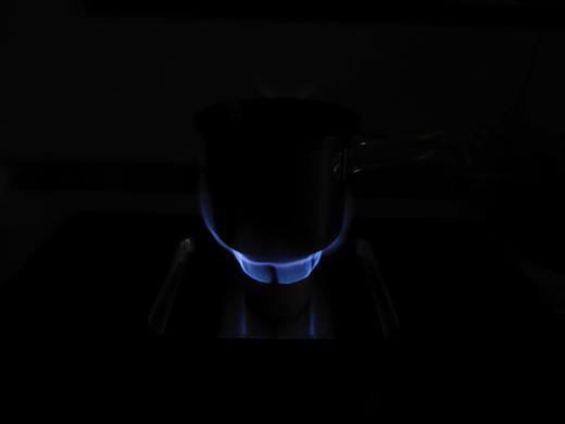 自作アルミ缶アルコールストーブ Bタイプ 燃焼時の炎 その2