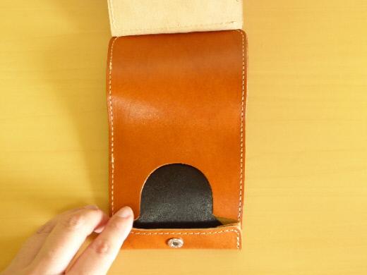 財布 2つ折り コンチャ 小銭入れ 奥行き