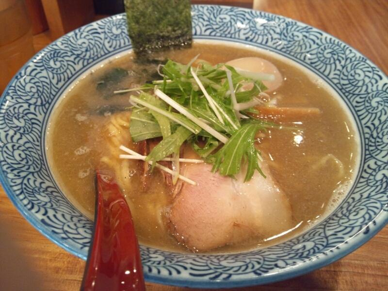 赤坂麺処 友/芳醇あごだし醤油ラーメン