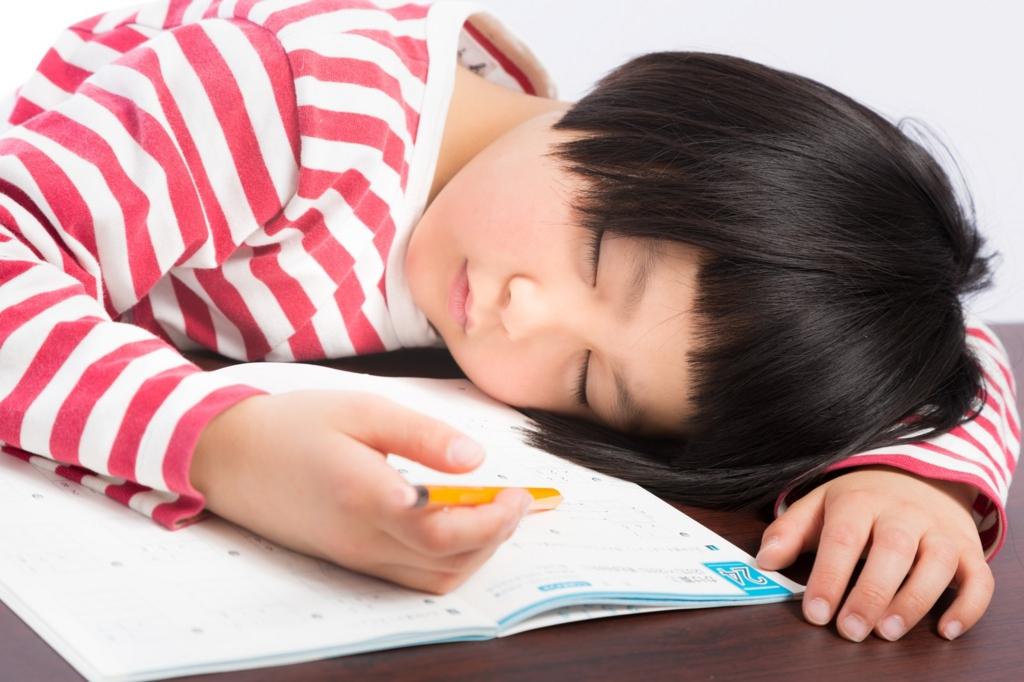 小学生にとって新興宗教のセミナーはくっそ眠い