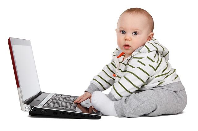 子供をプログラミングスクールに通わせる