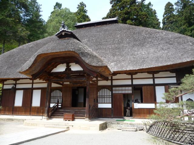 常楽寺の境内1