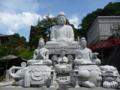 壷阪寺の境内