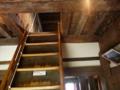 丸岡城・内部の階段