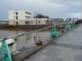 震災跡が残る橋
