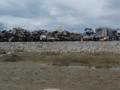 廃車の山積み場