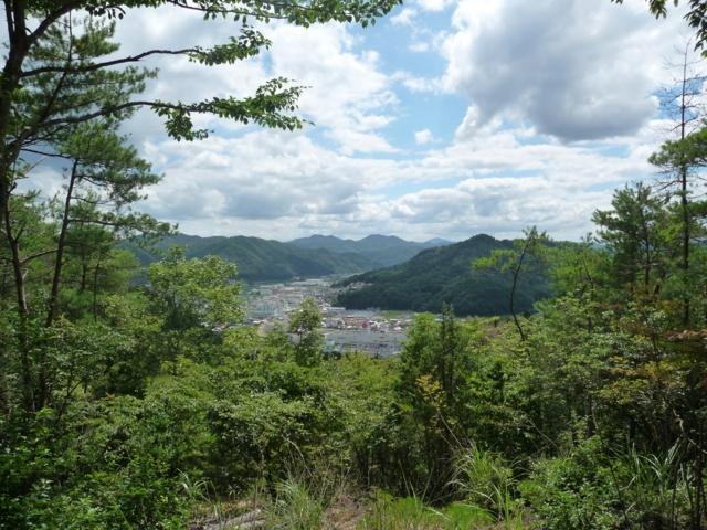 吉田郡山城から見た南側の風景