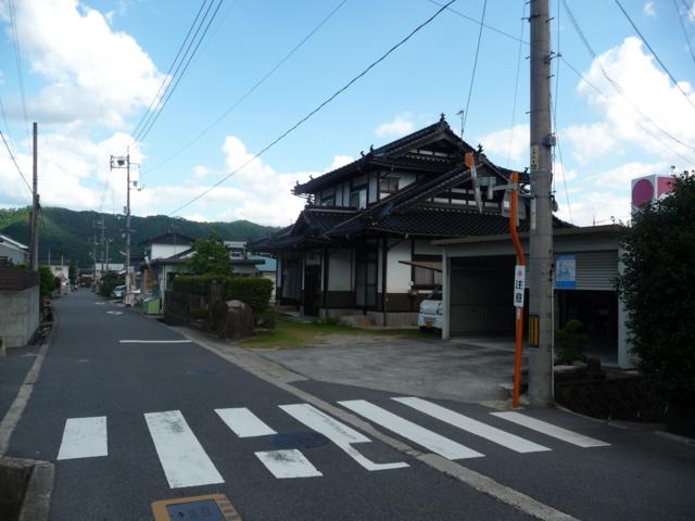 高山風の建物2