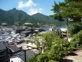 宮尾山城跡から見た厳島の街(北東)