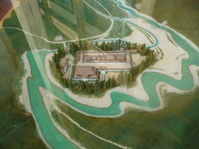 大斎原に熊野本宮があった頃の模型