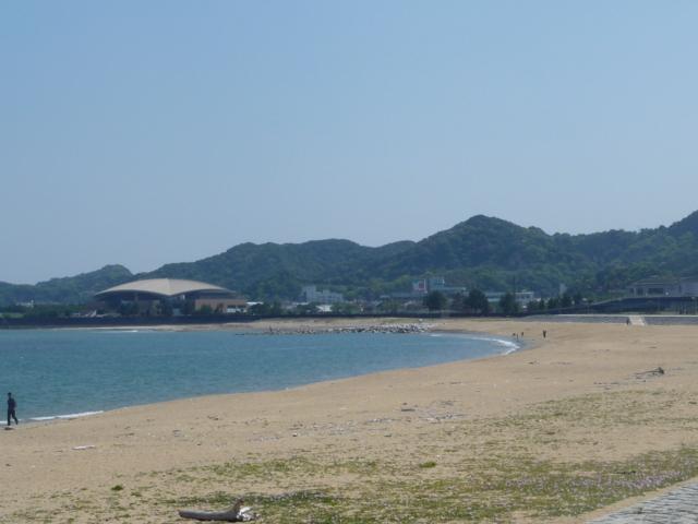 那智駅前の海水浴場2