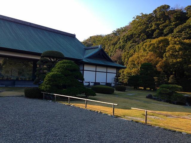 庭園から見た徳島城博物館