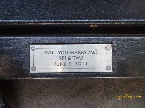 コンサバトリーガーデンのベンチ