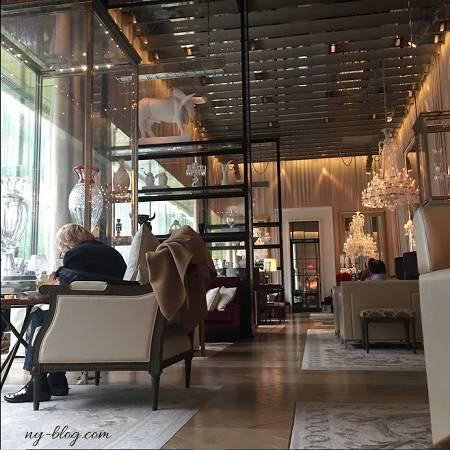 バカラホテルのグランドサロン