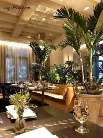 ザ・タイムズスクエア・エディションホテルのレストラン