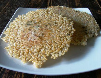 玄米せんべい