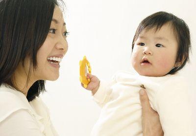 無事出産!元気な赤ちゃんとママ