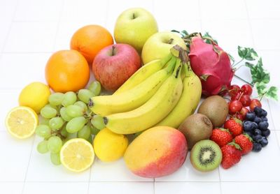 豊富な種類のフルーツ