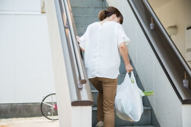 産後すぐに重い荷物を持ってはいけない