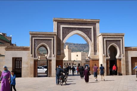 モロッコのフェズのめでぃなメディナ入り口