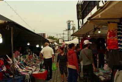 グランドナイトマーケット・ホアヒン・タイ