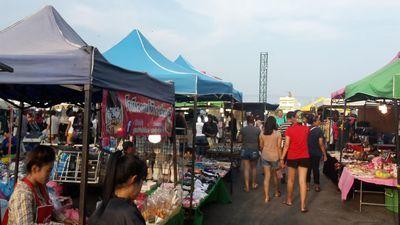 タイ・ホアヒンのパエマイマーケット