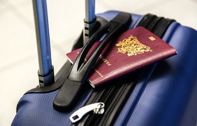 空港の税関で止められる人の特徴