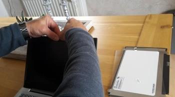 Lenovo Ideapad 320sの液晶パネル交換