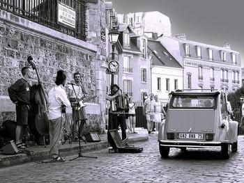 フランスの路上ライブの収入について