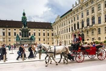 オーストリアのストリートミュージシャンの収入について