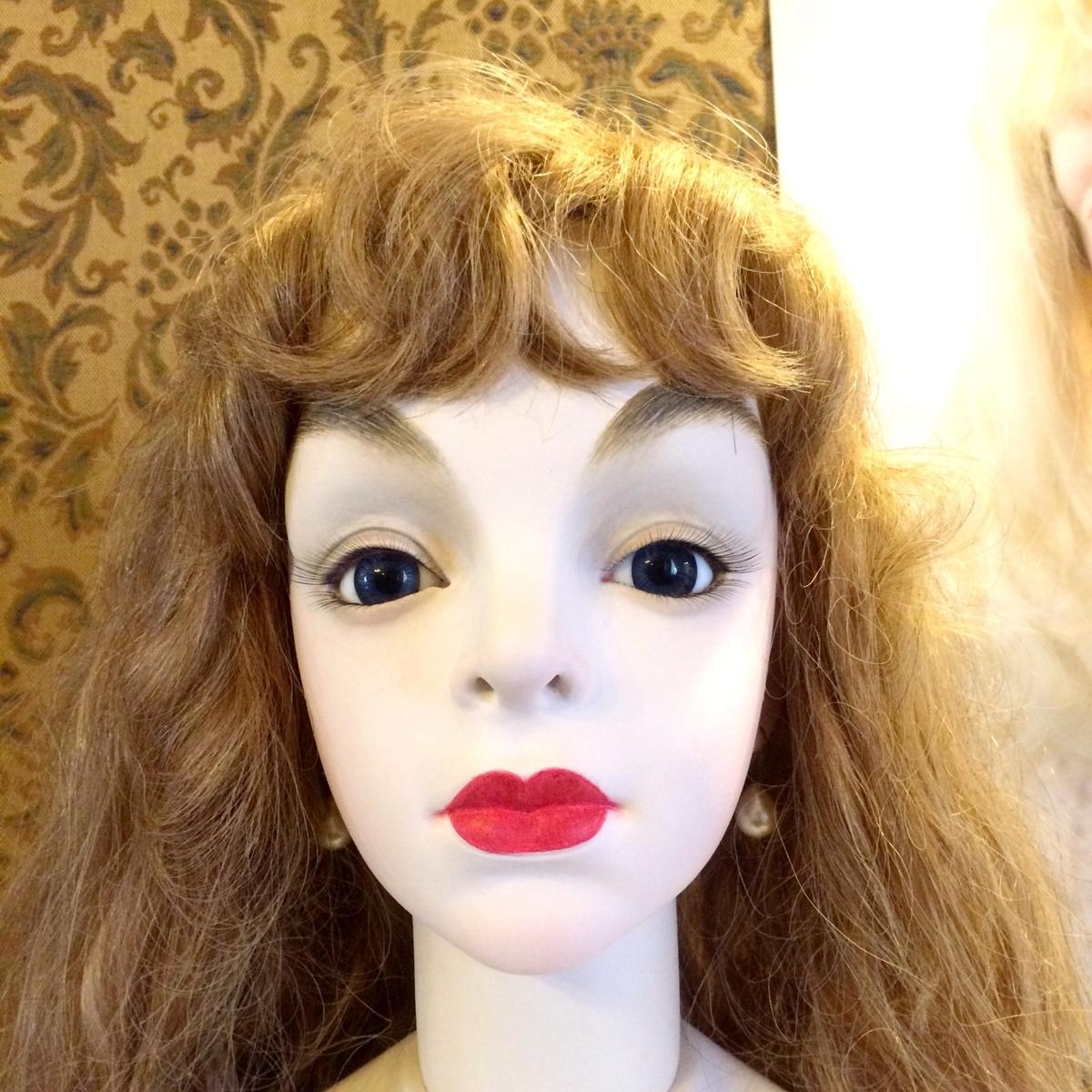 アリスっぽい人形イメージ