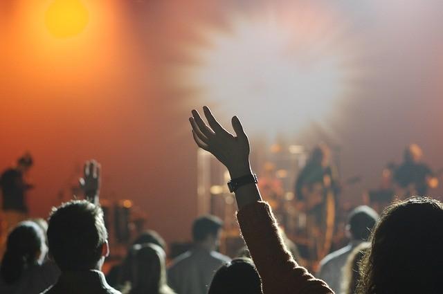 ライブ オーディエンス 観衆 観客