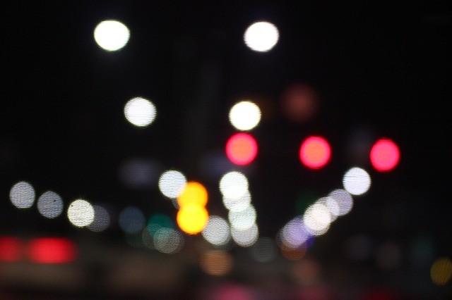 夜景 ライト 道路 街灯