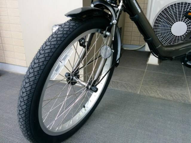 ギュットミニDXの前輪