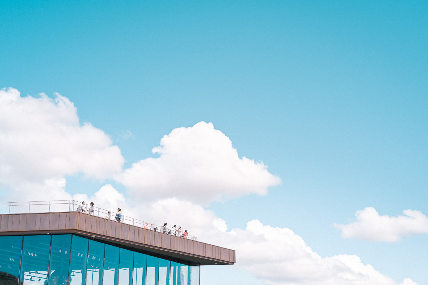 オールドレンズ×ミラーレス – デジタルユーザーを魅了するフィルム調の描写