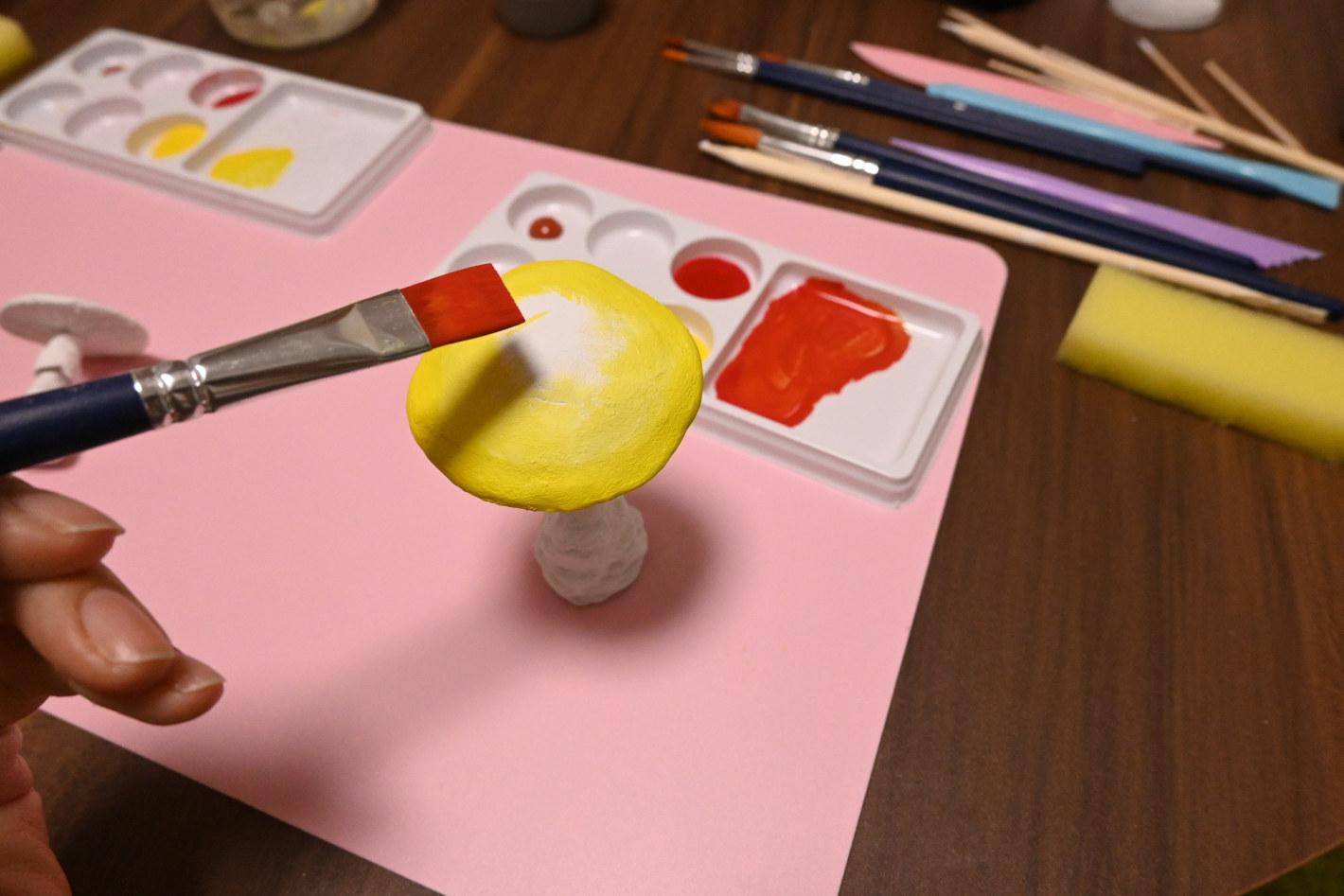 絵本の世界でハリネズミ撮影!ミニチュアセット作りに挑戦してみませんか?