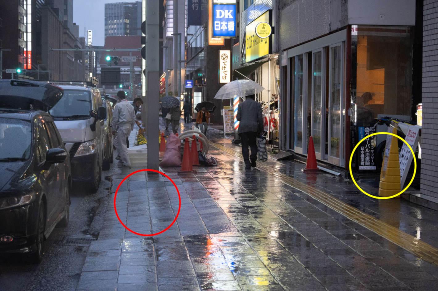 雨の日の散歩がきっと楽しくなる!傘やぬれた路面を生かした撮影の裏側を紹介