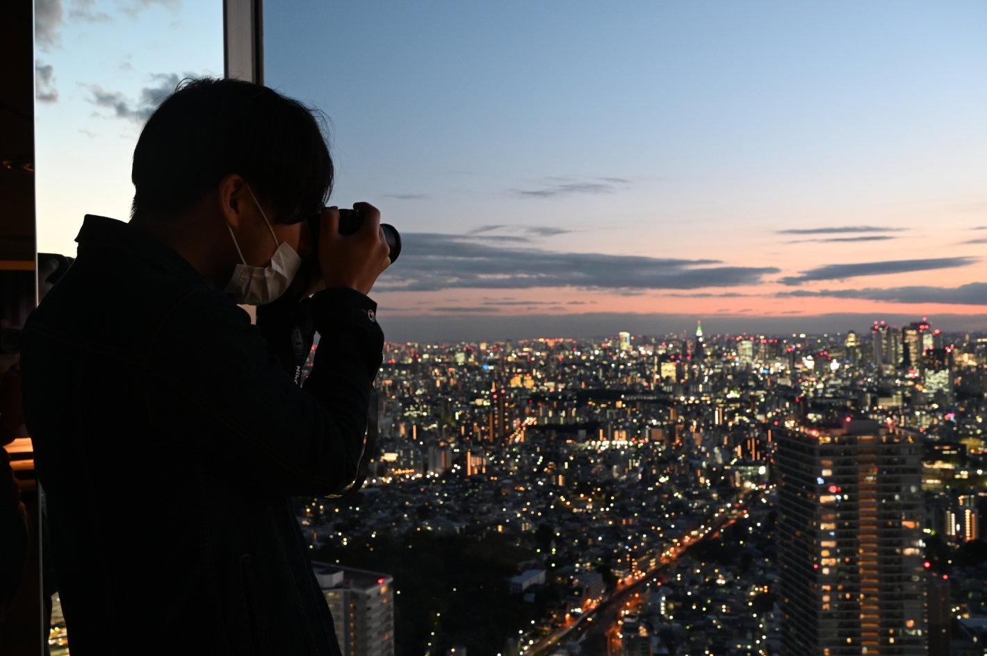 はじめてでもきれいに撮れる夜景写真 - 撮影の基本ポイントと魅力的に写すコツ