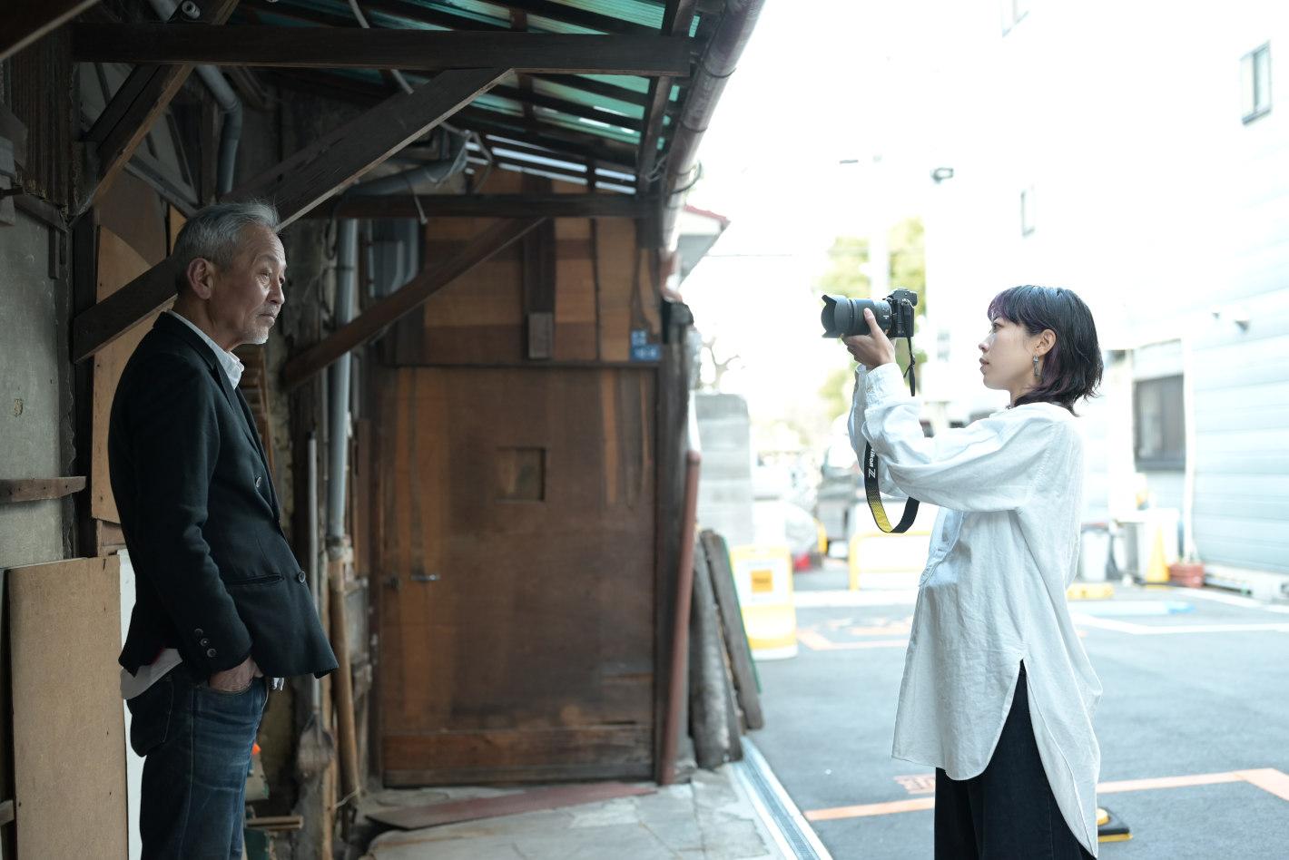 父とのデートが遺影撮影会になった話 – noteで話題の作家 島田彩さんのフォトエッセイ