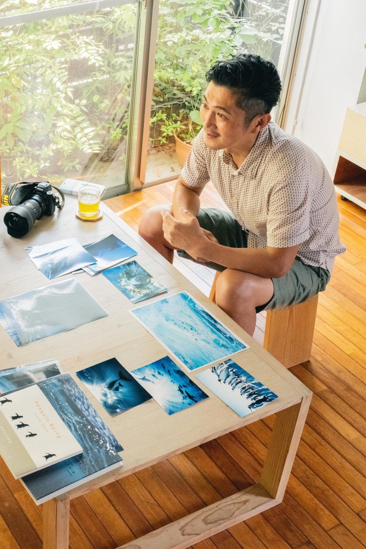 """水中写真家 岡田裕介さんインタビュー – """"水族館フォトの人""""あきが聞く水中世界の魅力と「好き」を表現する大切さ"""