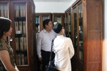 上海気功研究所図書室/日本道観の道教交流