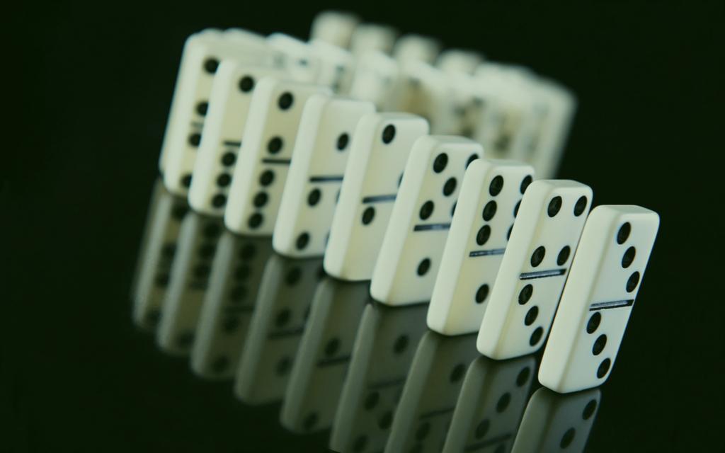 Main Domino99