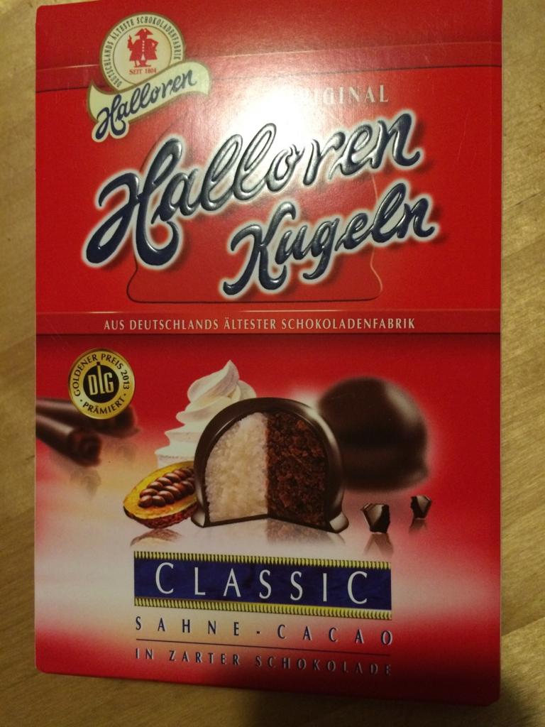 ドイツのハレ名物マジパン入りチョコレートの箱